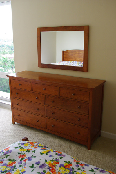 Custom Bedroom Furniture, Solid Wood Beds, Dressers, Nightstands ...