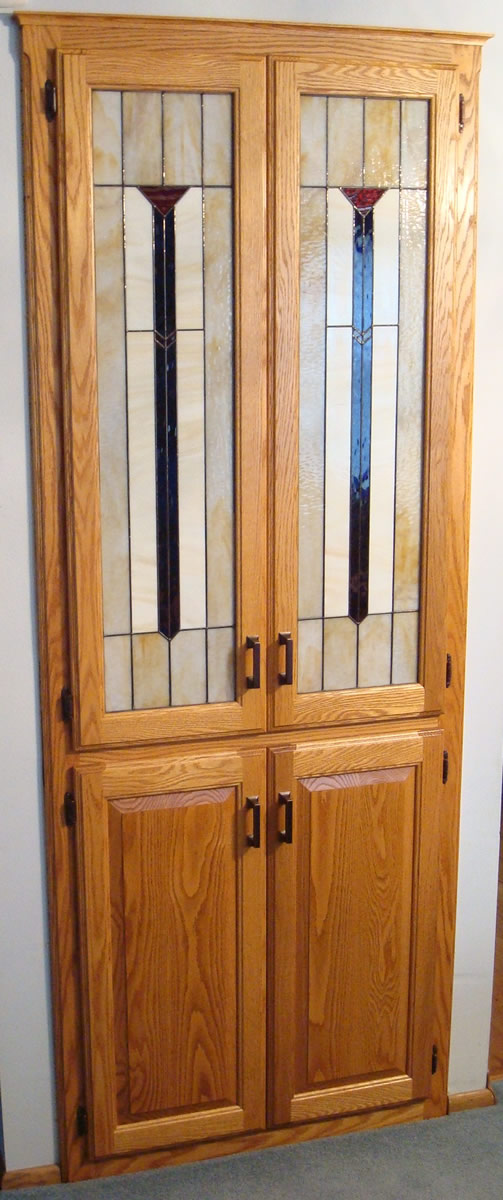 Built In Oak China Cabinet With Stained Glass Doors